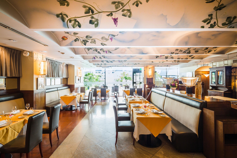 Ristorante L'OSTERIA – Dinning